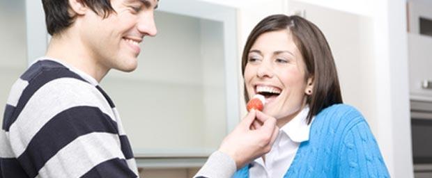 Themen reden flirten Flirt-Tipps: Worüber man mit seinem Flirtpartner reden sollte ...